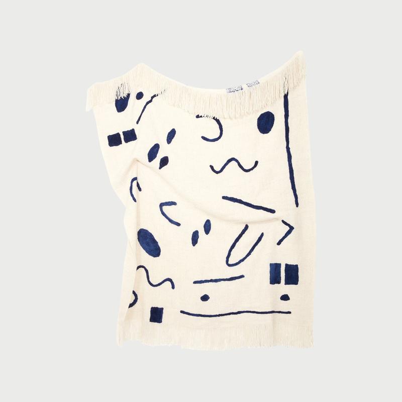 Minna abstract throw