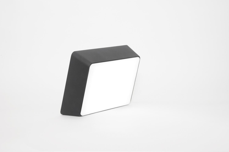 Brick lamp metal black 02