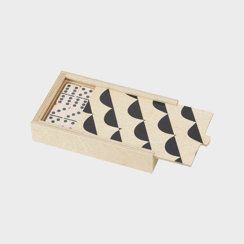 Wolfum curves domino set open
