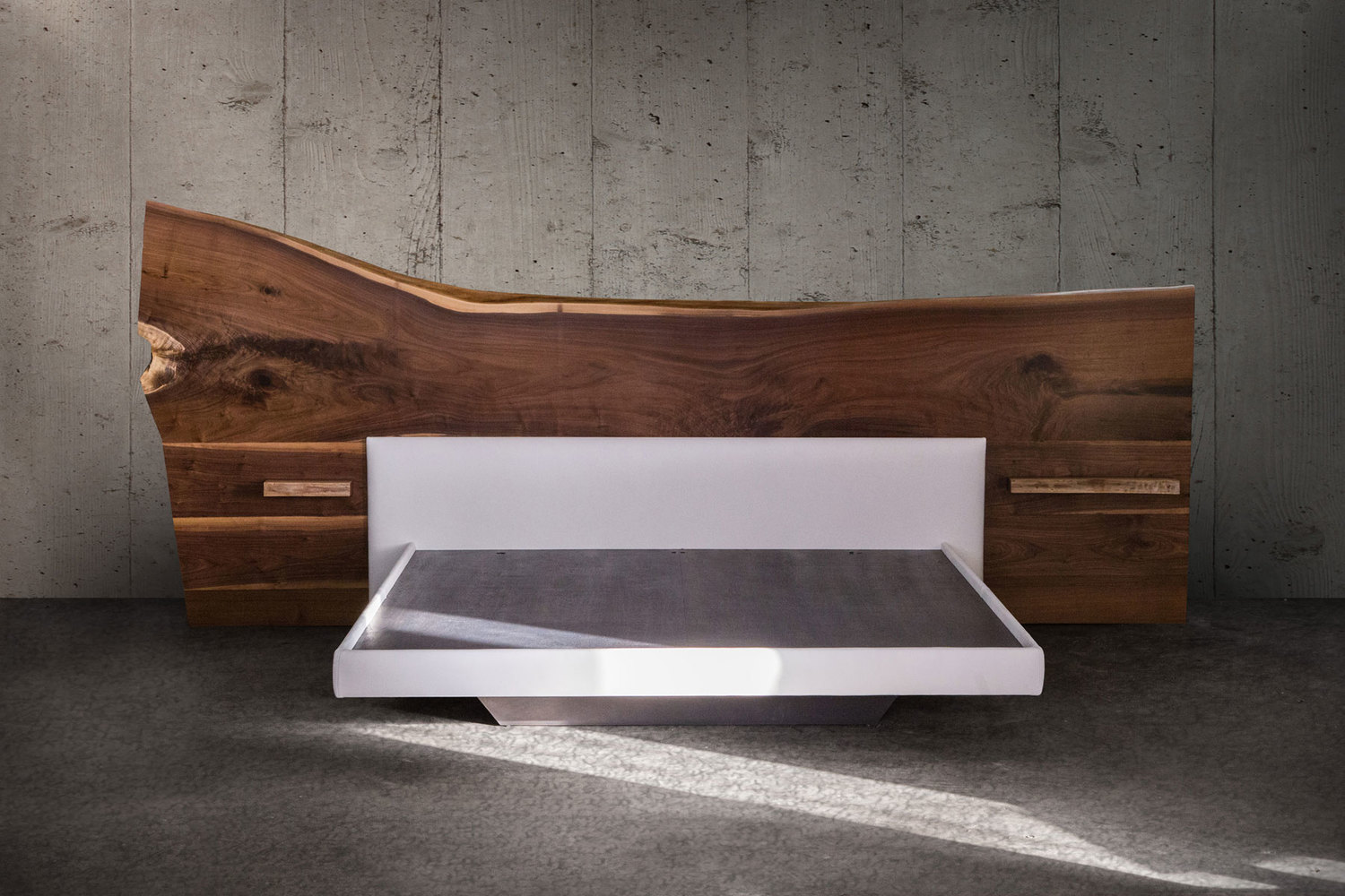 Live edge bed img 0257