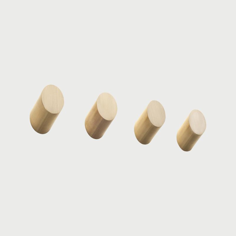 Brass 4 round knobs