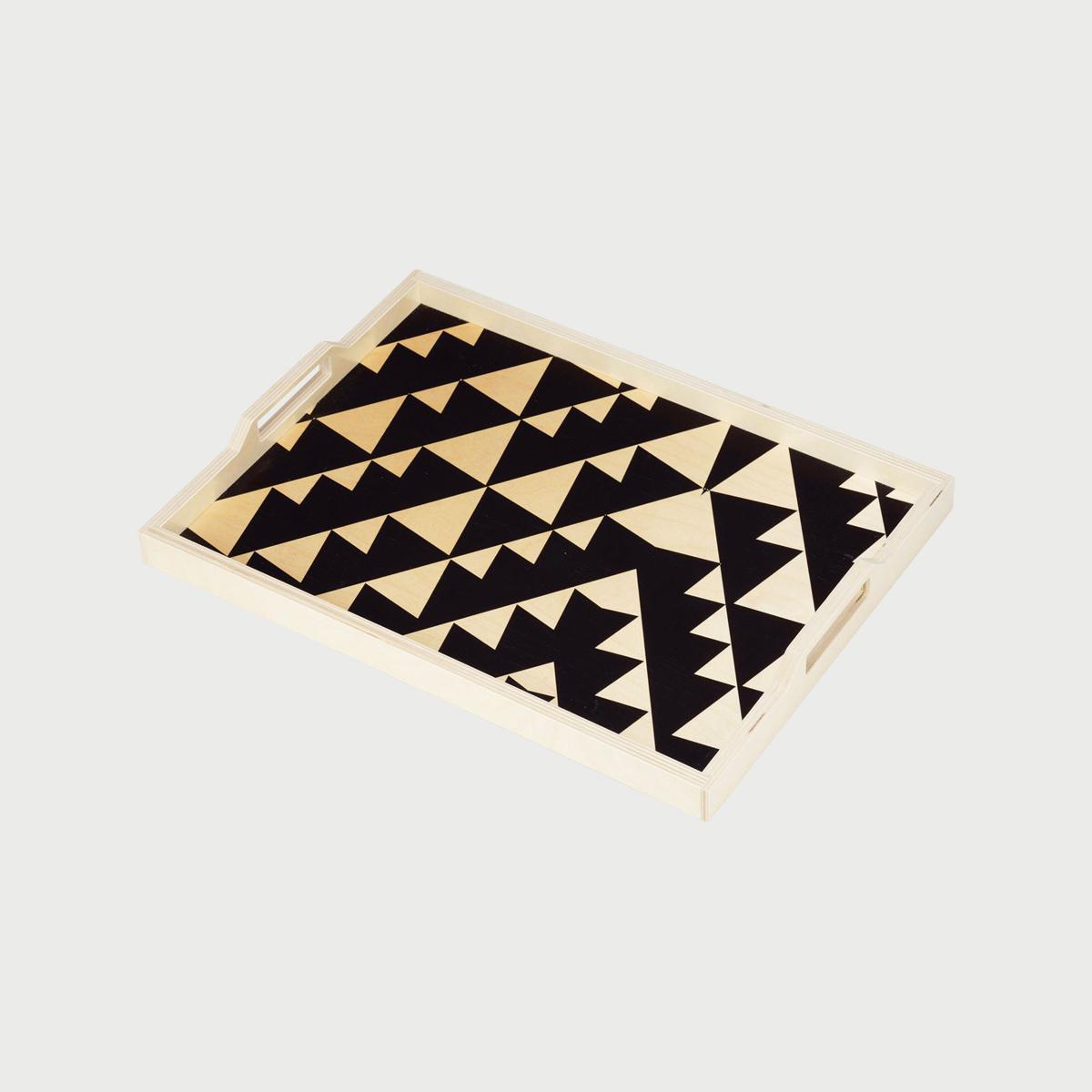 Wolfum black triangle main