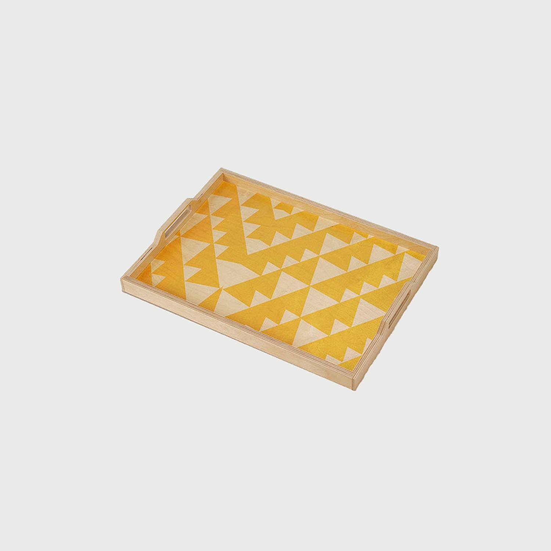 Wolfum yellow triangle tray main 2