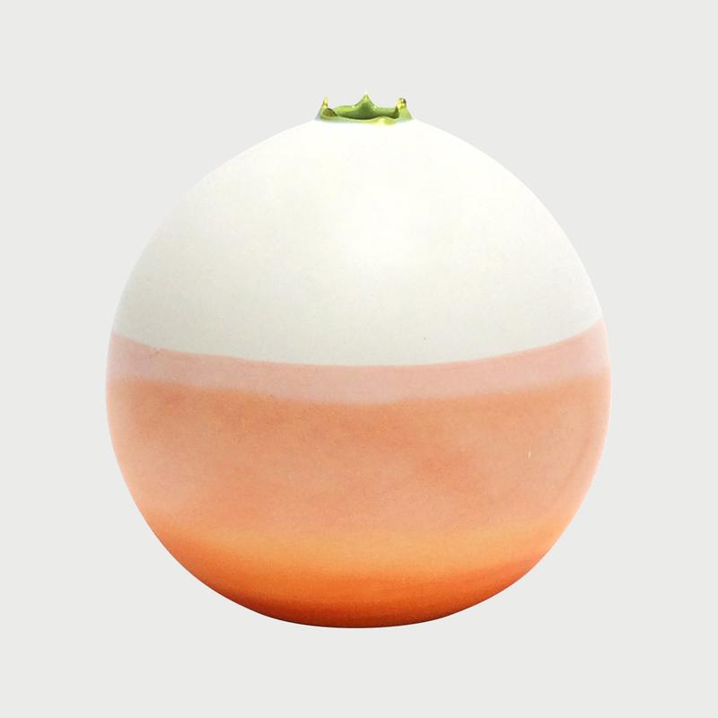 Medium orbit vase
