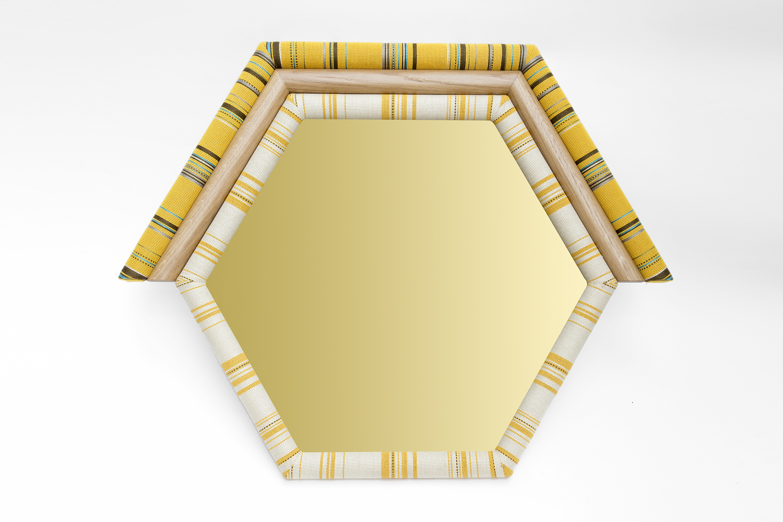 Merve yellow mirror final small v2