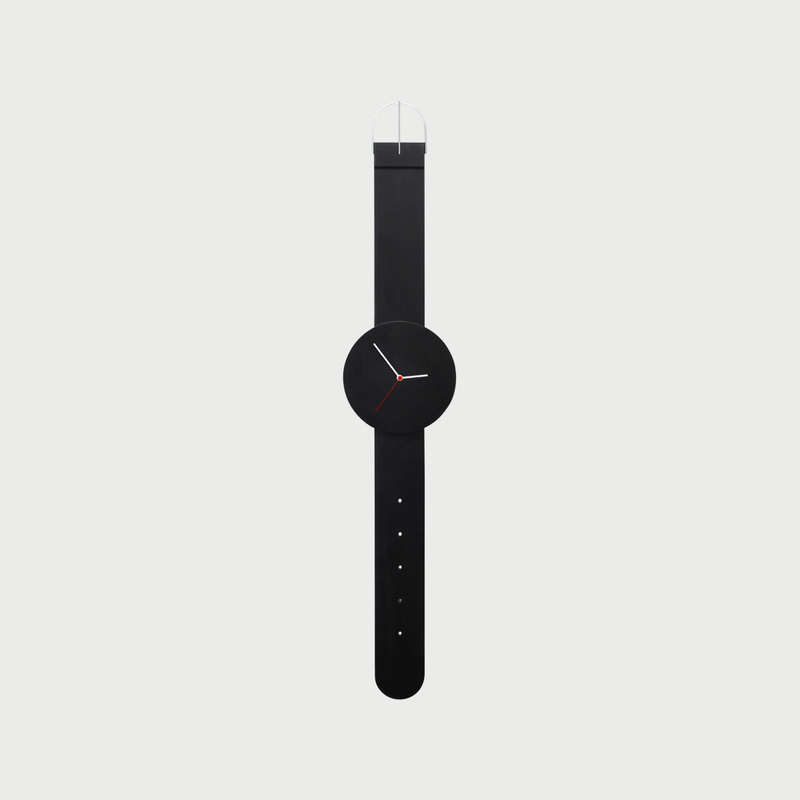 Watch clock black