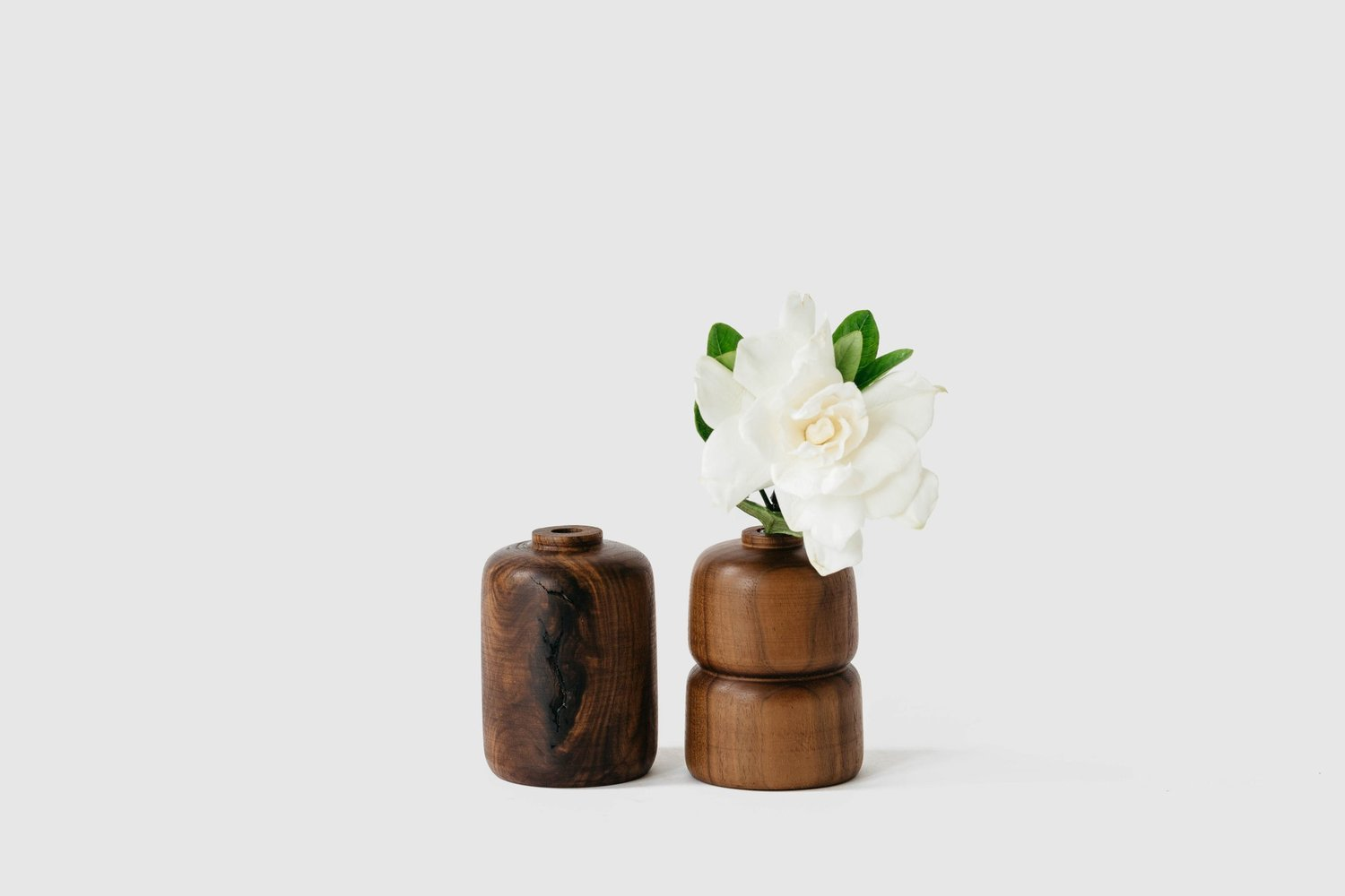 Walnut vase  e1a8296 edit