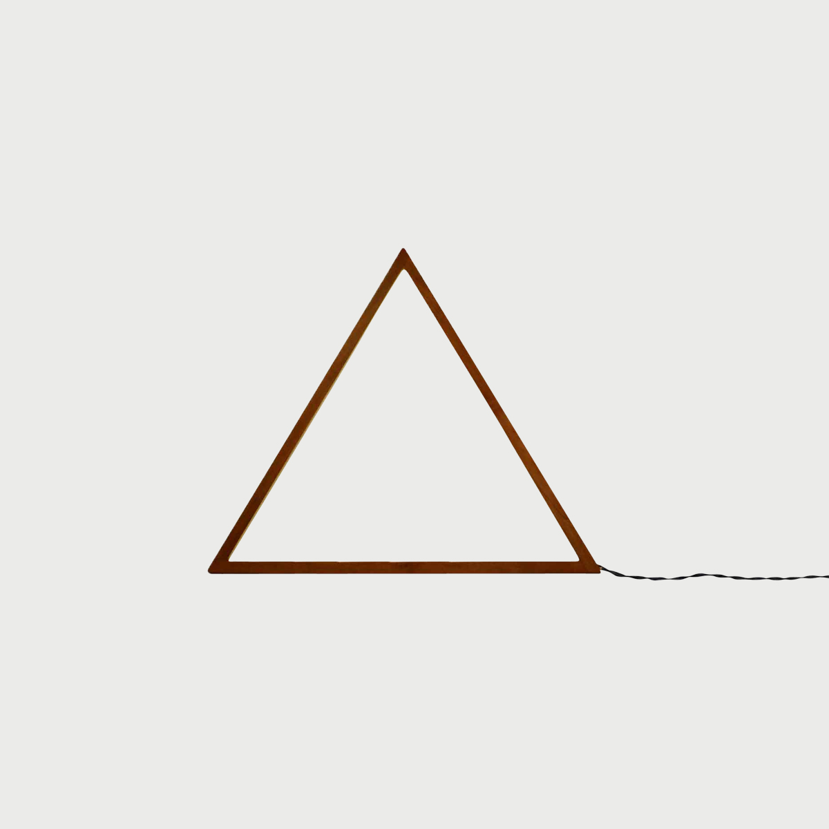 Cherry triangle cutout