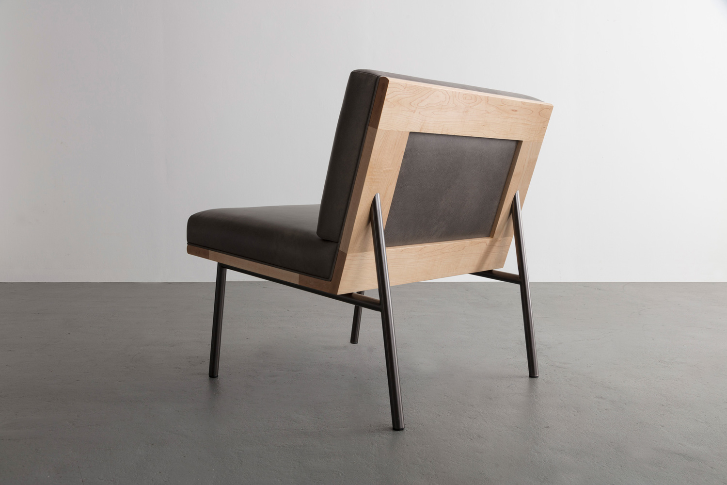 Dgd lounge chair2 edit web