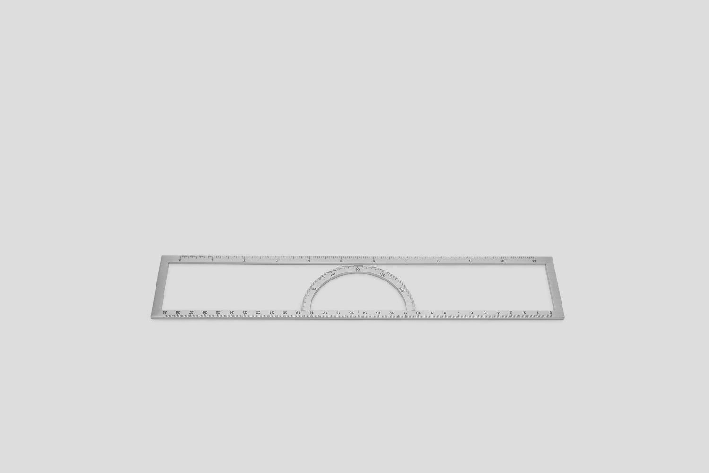 Tomaskral outline rectangle hires 01