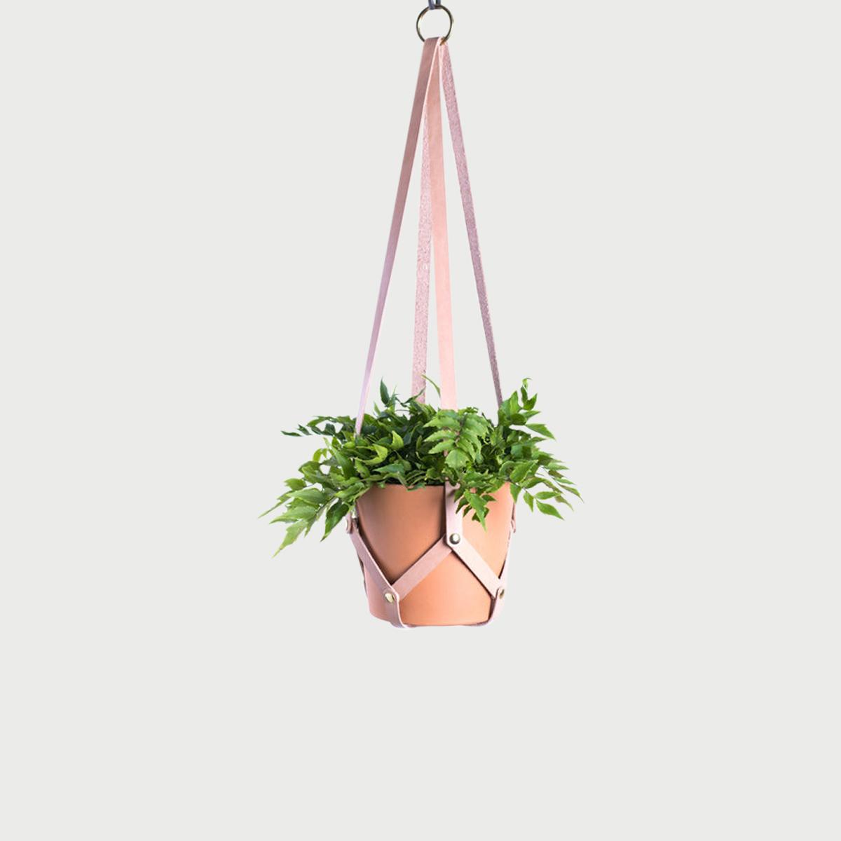 Hanging planter tan 1 web