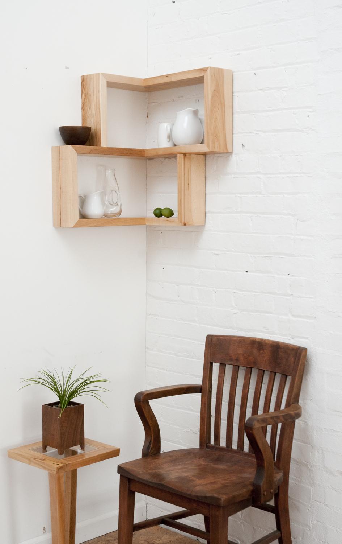 Maple shelf vertical