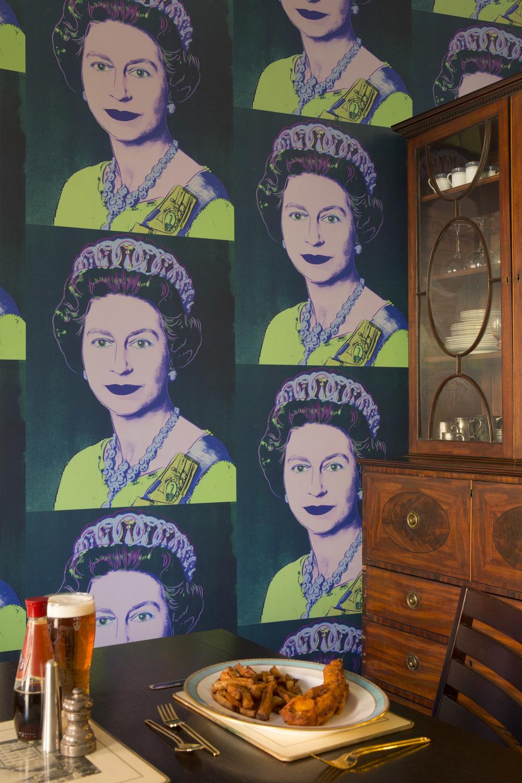 Queen elizabeth maquette.product