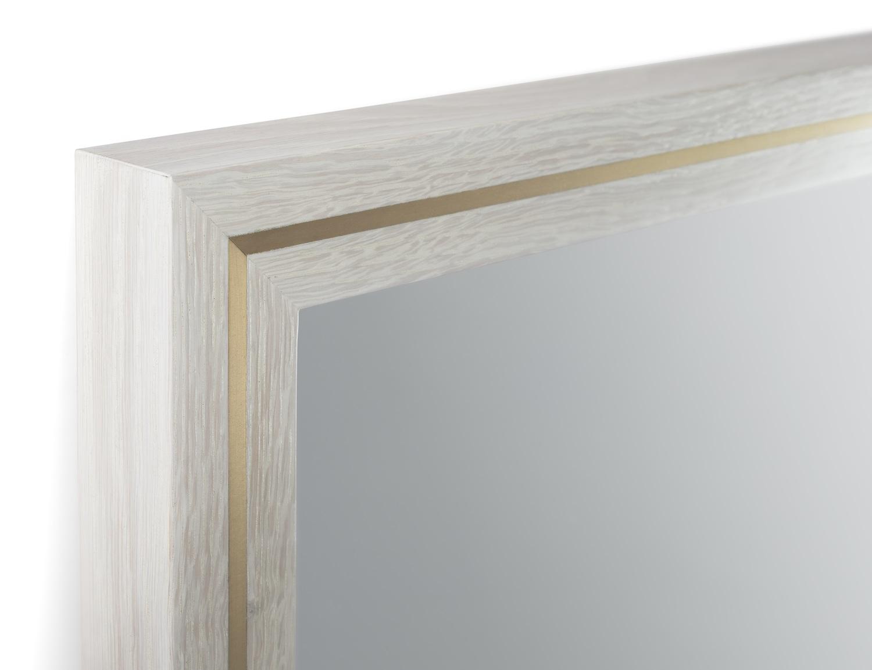 Highland mirror detail
