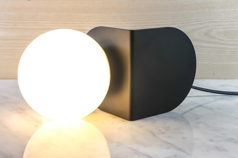 A light base modern 3 1