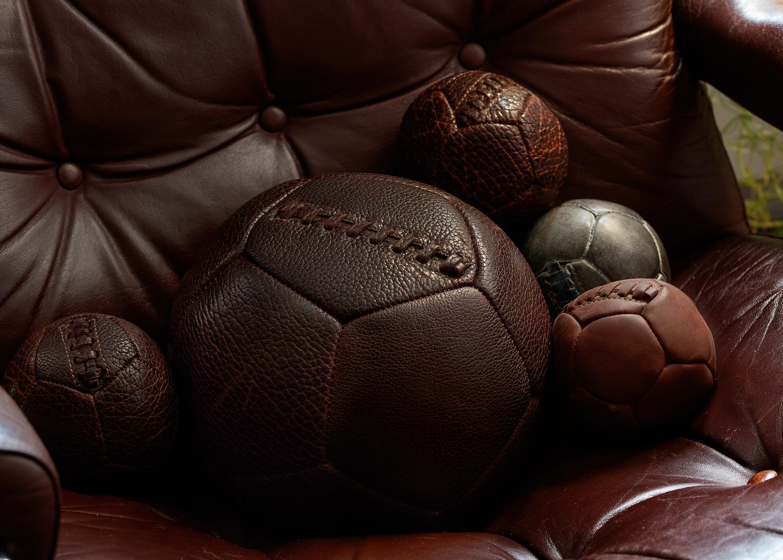 Weighter balls chair