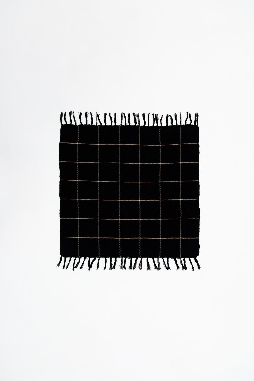 Black 180120 lowres 8 x2000