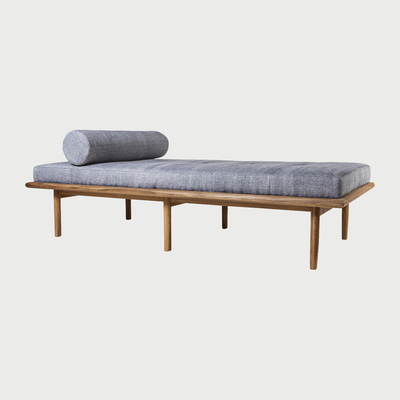 Sylva.daybed.hires1 copy